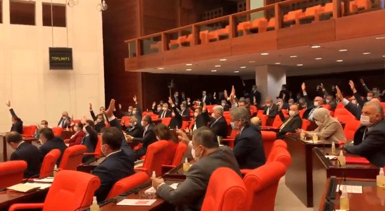 Sağlıkta Şiddet Yasası teklifine AKP ve MHP oylarıyla ret kararı