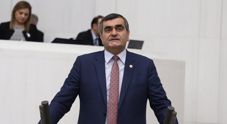 """Ali Şeker: """"Asıl darbe AKP'nin kayyum politikasıdır."""""""